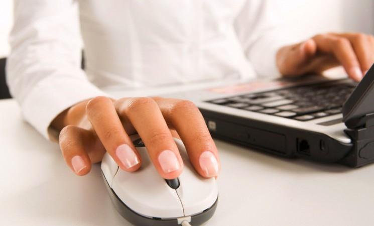 Documenti e pratiche online, così il web va incontro a cittadini e pubblica amministrazione