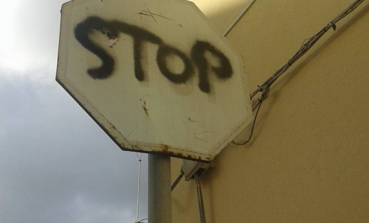 Mazara. Segnali stradali: continuano le segnalazioni sul 'fai da te'!