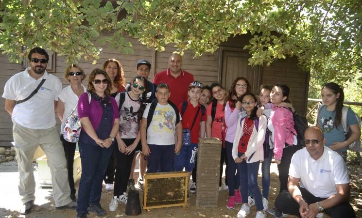 Studenti alla scoperta di api e miele, una giornata alla riserva naturale